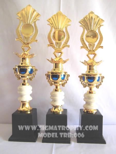Suplayer Produsen trophy kejuaraan sport dan piala perlombaan