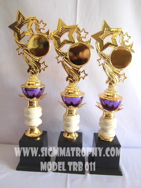 Daftar Harga trophy,daftar jual trohy plastik.