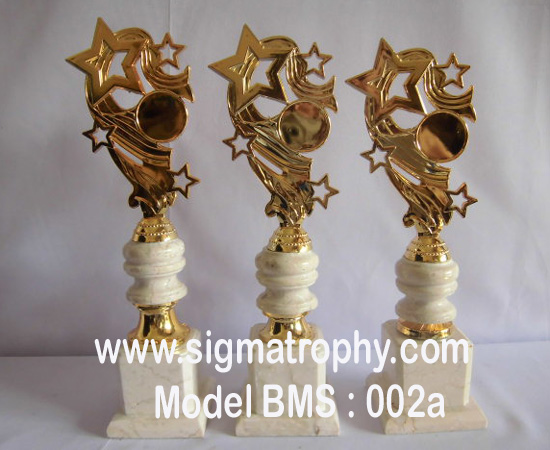 trophy Sport Surabaya,Bekasi,trophy Kejuaraan Sport ,Tanggerang,Bekasi Cilegon,Bali,Medan dan Batam