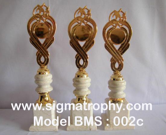 Harga trophy Murah,Daftar Harga Trophy,Katalog Harga trophy,Harga Trophy Bandung