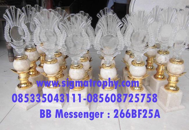 Jual-Trophy-Marmer-Murah