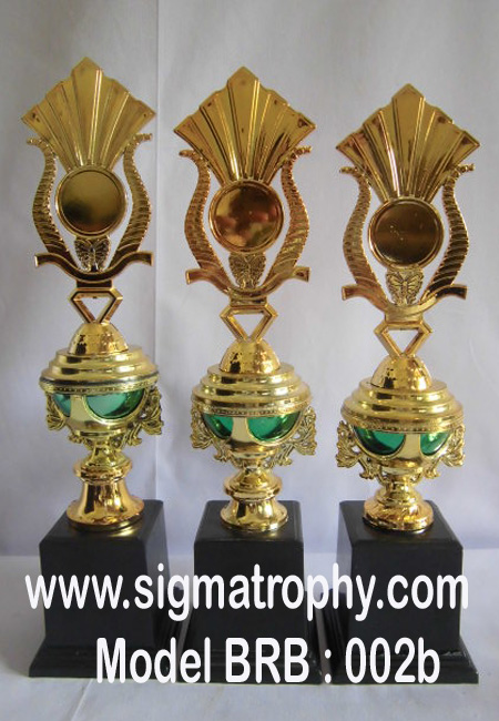 Trophy Award dan trophy Kejuaraan