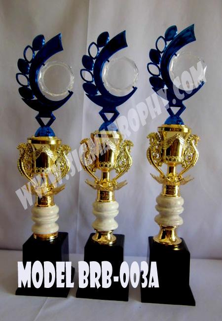 Jual piala Murah Jakarta ,Harga piala Murah diJakarta,Daftar Harga Piala Murah