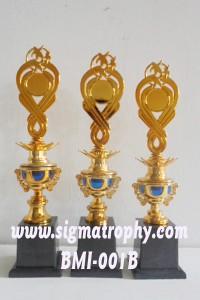 Sedia Trophy Ukuran Sedang, Jual Trophy Baru, Jual Trophy Sangkar DSC00538 copy