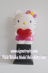Piala Boneka Model Hello Kitty Love