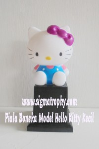Piala Boneka Model Hello Kitty Kecil