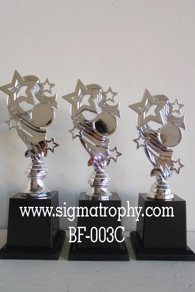 Piala Bintang Lomba Anak