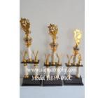Gudang Trophy Kaki 2, Trophy Garuda, Trophy Bertingkat