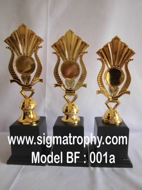 Sigma Trophy Pusat Piala Marmer BF01