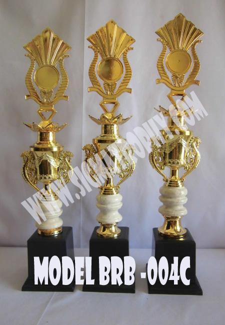 jual trophy plakat,jual trophy penghargaan,jual trophy marmer penghargaan,jual trophy plakat murah