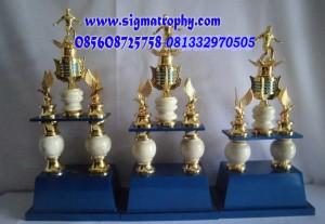 Produsen Piala Kaki Dua Piala-Kaki- br