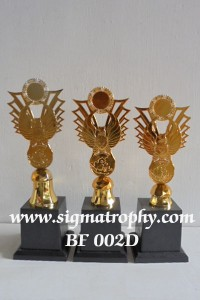 Jual-Beli Piala Tatakan Plastik - Piala Garuda BF d