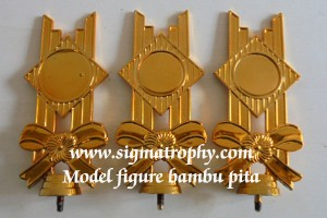 a Custom Figure Trophy